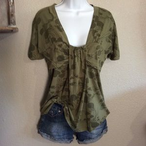 EUC M Splendid Army Olive Green Low Neck Blouse